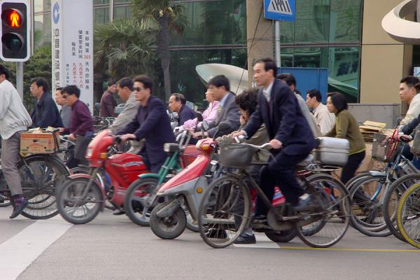 Getting off at a traffic light | China bicycles | China