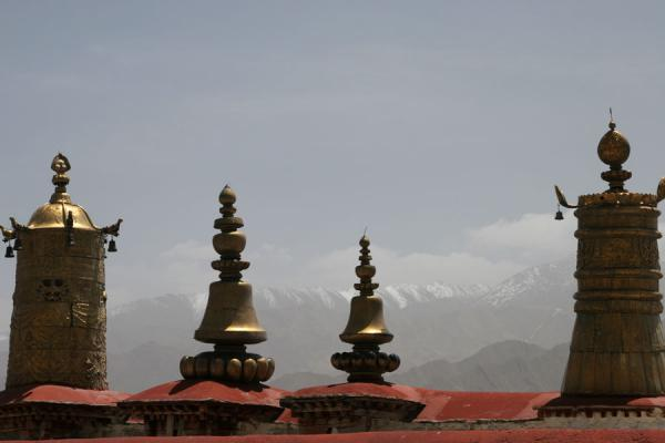 Picture of Drepung monastery (China): Looking over the mountains from Drepung monastery