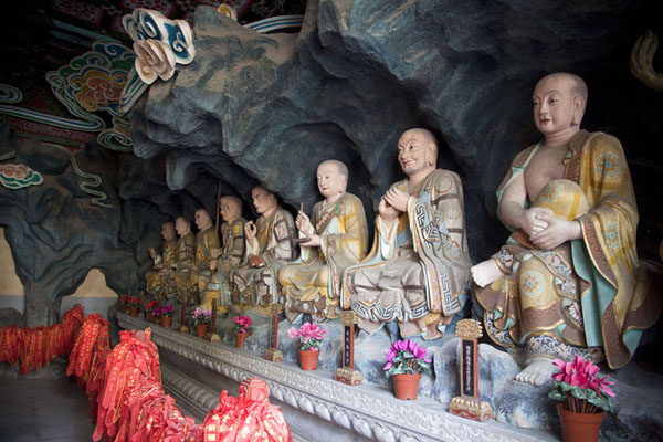 Foto van Statues of arhats in the Hall of Lokapalas, part of Biyun templeBeijing - China
