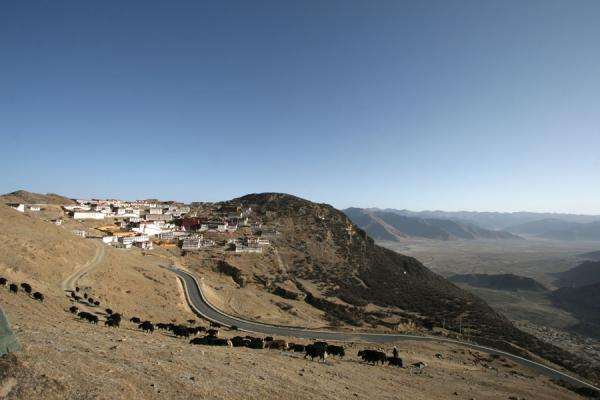 Picture of Ganden Monastery (China): Ganden monastery lies protected on a hill