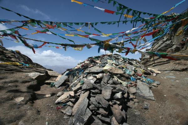 Picture of Colourful prayer flags marking the highest point of the Ganden kora