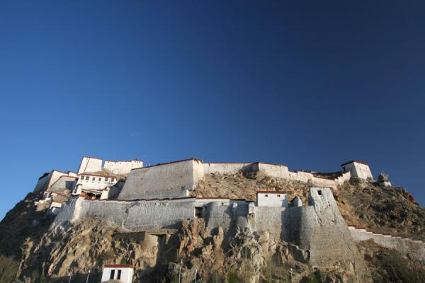 Gyantse fortress seen from below in the early morning light | Gyantse fortress | China