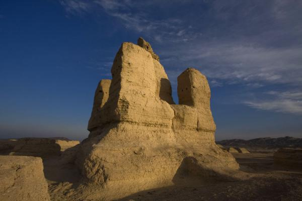 Picture of Jiaohe Ruins (China): Buddhist stupa towering over the other stupas in the Stupa Grove at the Jiaohe Ruins