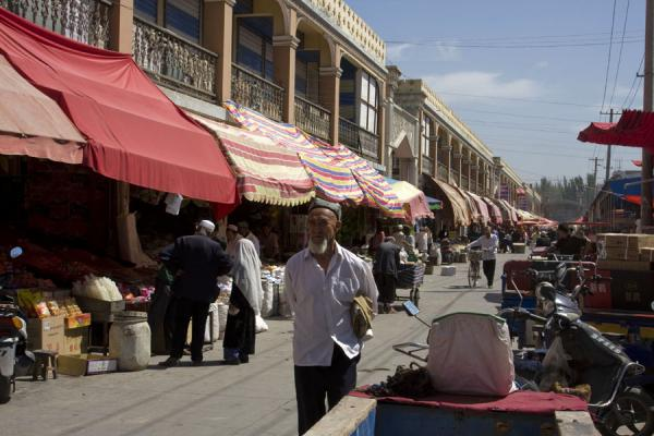 One of the outside streets of Kashgar bazaar | Bazar de Kachgar | Chine