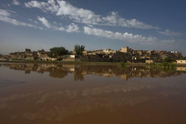 Old town of Kashgar reflected in the Tuman river | Kashgar Old Town | China