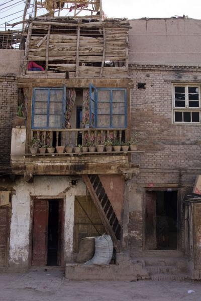 Old house with balcony | Kashgar Old Town | China