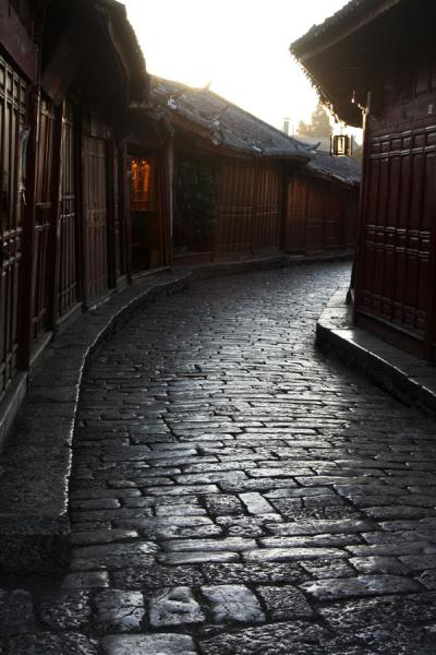 Early morning light reflected on the cobblestones in Lijiang | Lijiang Old Town | China