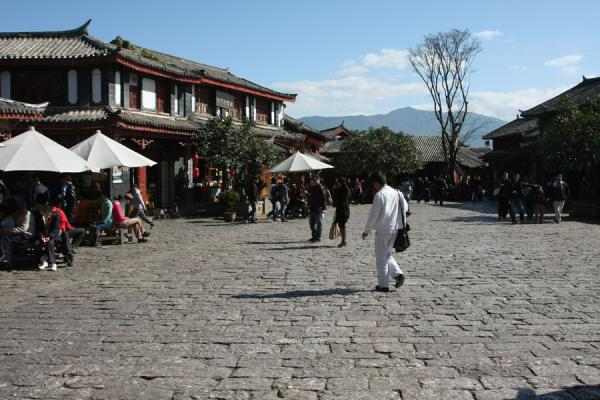 Sifang square, the centre of the historic old town of Lijiang | Lijiang Old Town | China