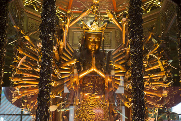 Avalokitesvara  with 48 arms stretched out, a scared eye in each hand canbe found in Dabei hall | Nanputuo temple | China