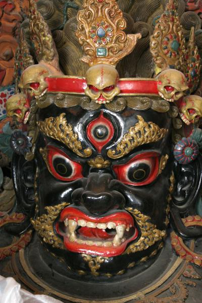 Picture of Protector deity of Gyantse Kumbum with skulls around his head