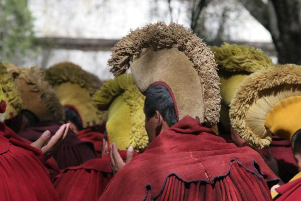 Picture of Sera monastery (China): Yellow hats and red robes: Gelugpa monks at Sera monastery
