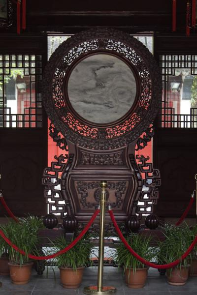 Interior of the Etiquette Gate, which students pass on the way to the Ming Lun study hall | Shanghai | China