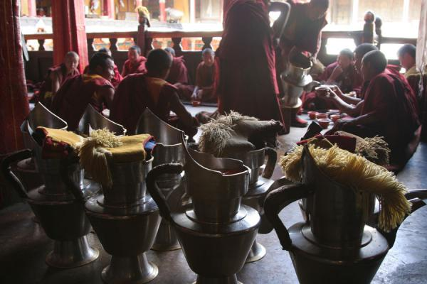 Tashilhunpo monks at tea ceremony in the afternoon | Tashilhunpo monastery | China