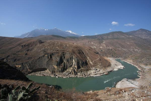 Old Ferry crossing near Daju: Yangtze River and Haba Snow Mountain range | Tiger Leaping Gorge | China