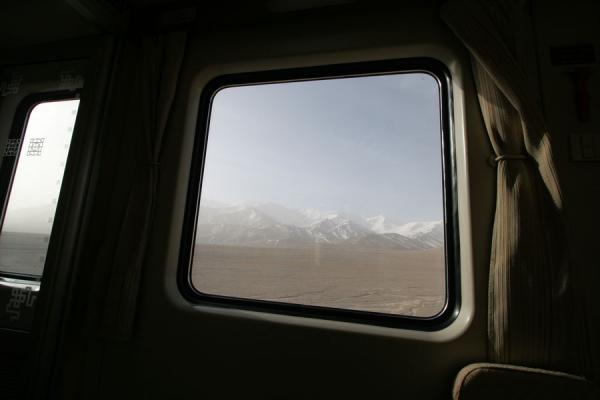 Picture of The Tibetan plateau seen through the window of the train to Lhasa