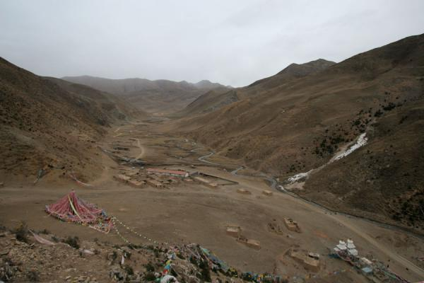 Looking east into Bida valley from top of the Wencheng temple kora | Wencheng temple | China