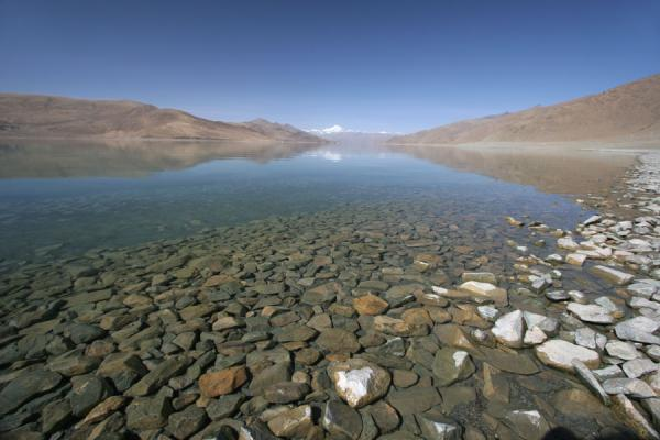 Picture of Yamdrok Lake (China): Yamdrok-tso with Nojin Kangtsang