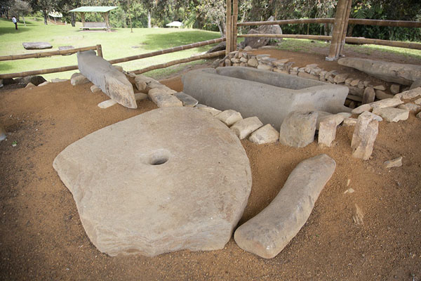 One of the many tombs in the Alto de los Ídolos site | Alto de los Ídolos | 哥伦比亚