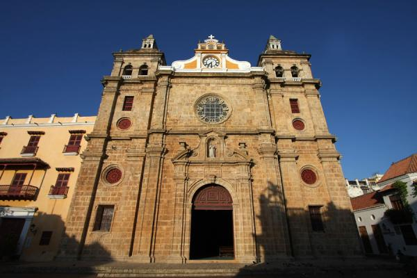 The facade of the Iglesia de San Pedro | Cartagena de Indias | Colombia