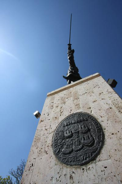 Statue of Blas de Lezo seen from below | Castillo San Felipe de Barajas | Colombia