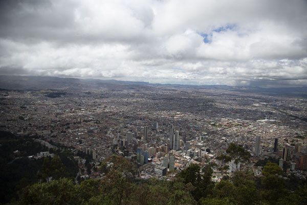 View over Bogotá, the Colombian capital | Cerro Monserrate | Colombie