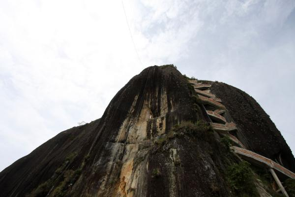 Rock formation of El Peñón seen from the entrance | El Peñón de Guatapé | Colombia