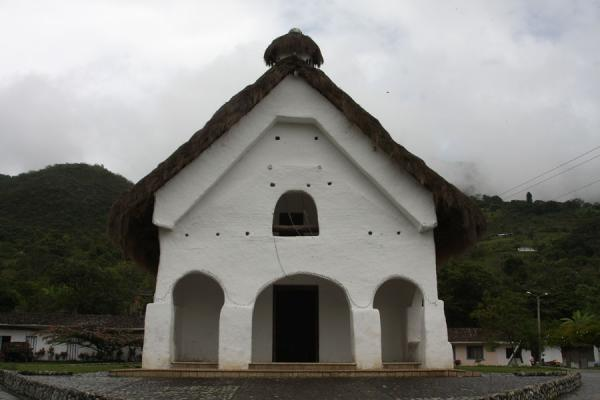Foto de Indigenous church of San Andrés de Pisimbalá - Colombia - América