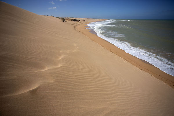 Looking over the Carribean Sea from the Taroa sand dunes | La Guajira | Colombia