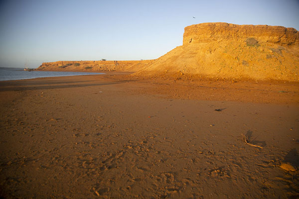 Sunrise over the cliffs at the north end of Bahía Hondita | Guajira Peninsula | Colombia