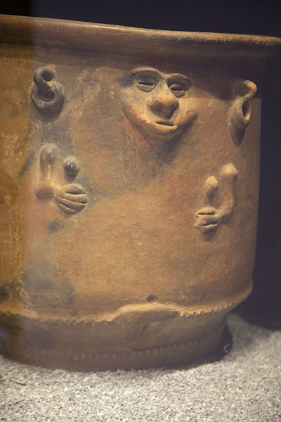 Nahuange pottery on display in the museum | Museo del Oro Tairona | Colombia