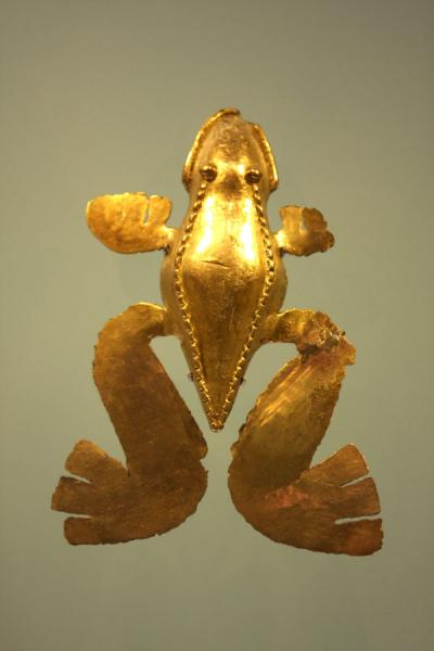Golden frog in the Gold Museum | Museo del Oro | Colombia