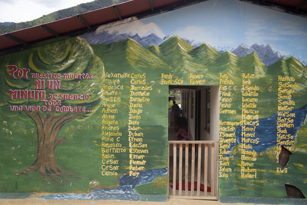 Wall with names of fallen Farc fighters in El Oso | Peace road to Marquetalia | Colombia