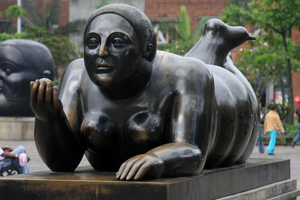 Woman with fruit in her hands | Plaza Botero | Colombia