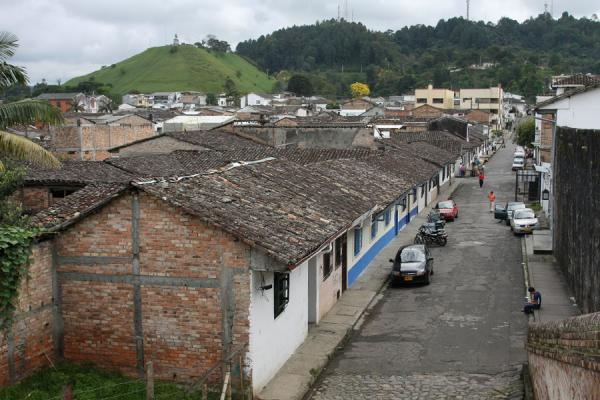 One of the many streets of Popayán, with the Morro del Tulcán | Popayán | Colombia
