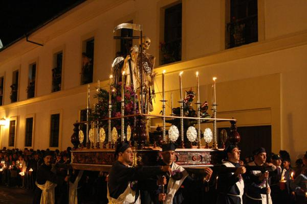 Parading a statue through the streets of Popayán during the Semana Santa processions | Semana Santa Popayán | Colombia