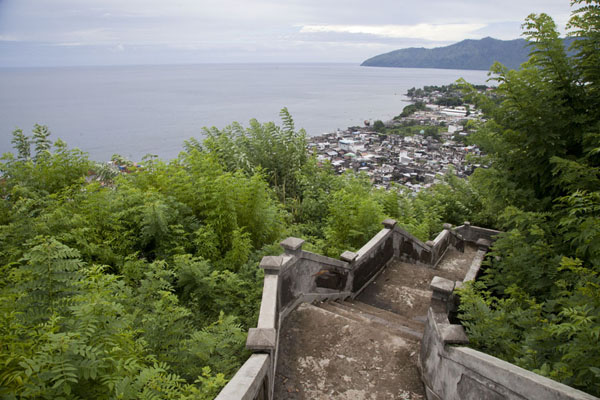 The view over Mutsamudu from the stairs | Hombo hike | Comoros