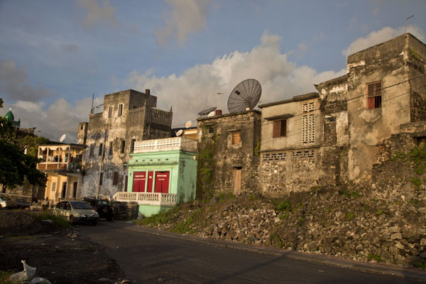Houses at the waterfront of Moroni | Moroni old town | Comoros