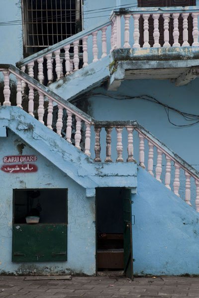 Blue house with stairs on a small square in the old town of Moroni | Vielle ville de Moroni | Comores