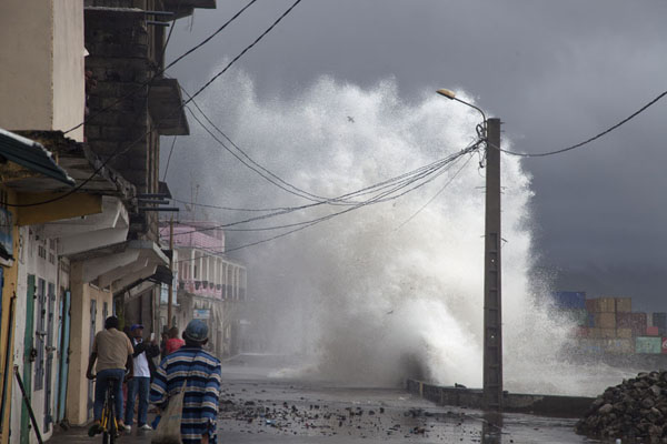 Picture of Mutsamudu medina (Comoros): Wave being hurled into the air after breaking on the boulevard of Mutsamudu