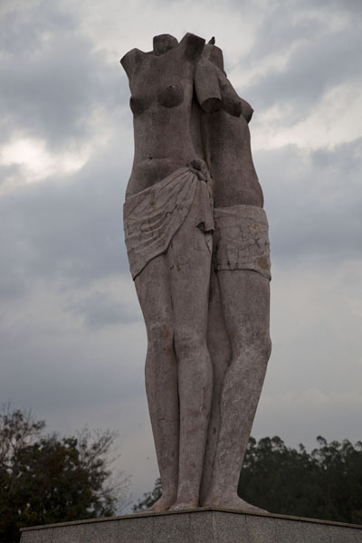 Picture of Brazzaville (Congo): Statue without heads in Brazzaville