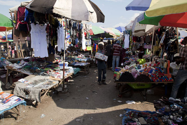 Picture of Brazzaville (Congo): Looking down one of the many alleys at Marché Total