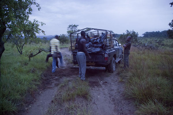 Picture of Our pick-up truck from Léconi to Ewo had to be pushed back on the road again, and pushed to get it runningVaga - Congo