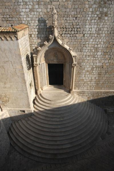 的照片 Stairs leading up to the Dominican monastery seen from above - 克罗埃西雅