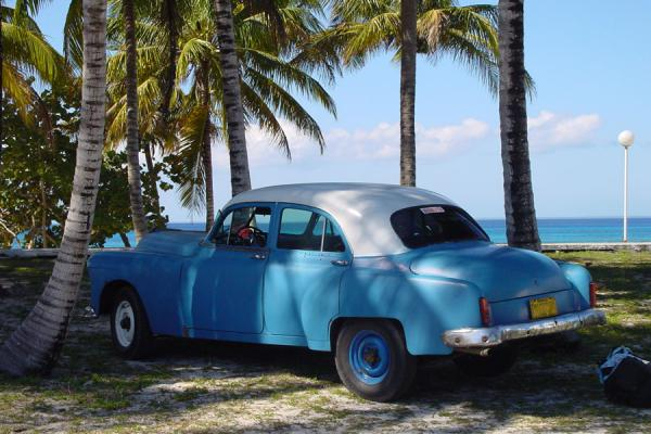 Picture of Cuban cars (Cuba): Old Cuba car on the coast