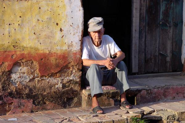 Picture of Cuban people (Cuba): Man enjoying Cuban sun