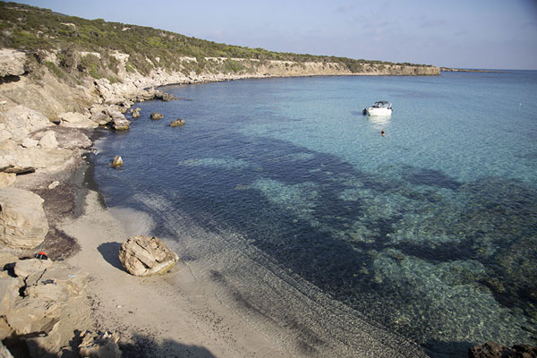 Photo de One of the bays of the east coast of Akamas peninsulaAkamas - Chypre
