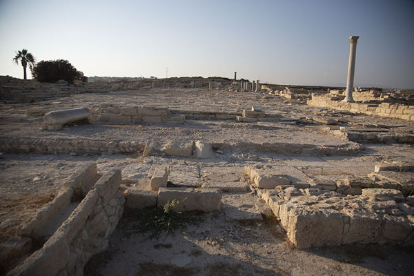 The Roman agora just before sunset | Kourion | Chipre