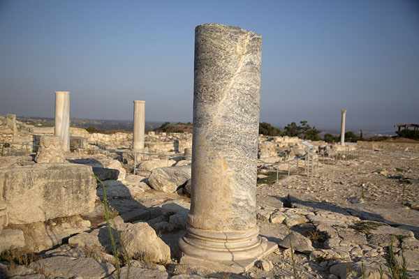 Pillars at the agora of Kourion | Kourion | Chipre
