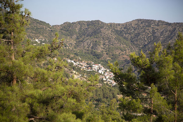 View of Agros from a viewpoint | Pueblos de montaña del Troodos | Chipre