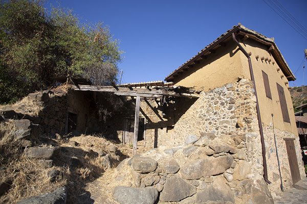 Traditional stone house in Kakopetria | Troodos bergdorpen | Cyprus